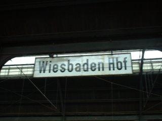 [Wiesbaden Hauptbahnhof]