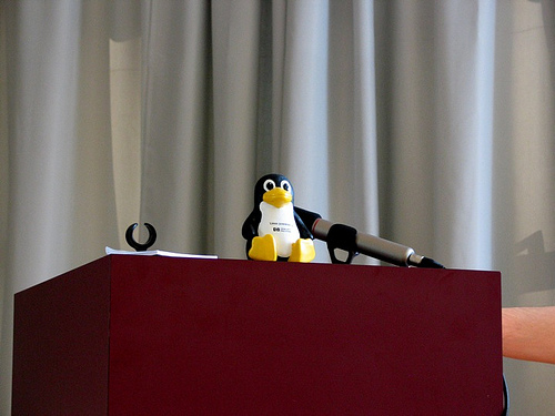 flickr-Bild: Barcamp Stuttgart - Der Session-Ende-Quitsch-Pinguin